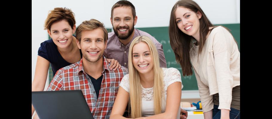Enviar currículum a academias