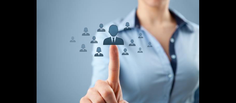 Enviar currículum para un empleo en RRHH