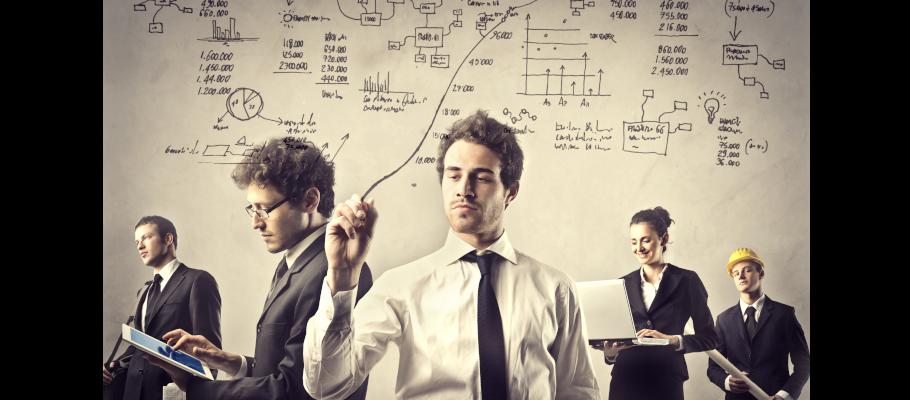 Trabajar de ingeniero. Enviar currículum a empresas de ingeniería.